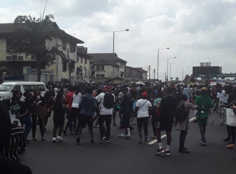 Protests in Nigeria Continue Amid Pledged Abolition of SARS