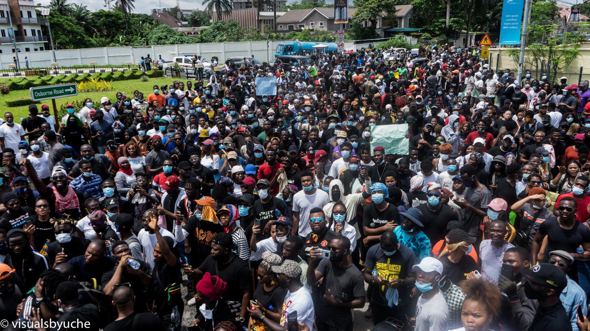 Anti-SARS Protests Spread in Nigeria