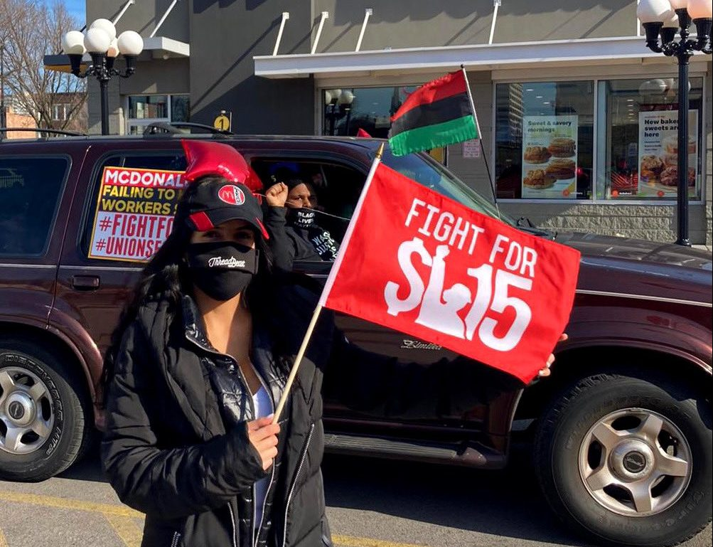 Chicago McDonalds Goes on Strike for #FightFor15