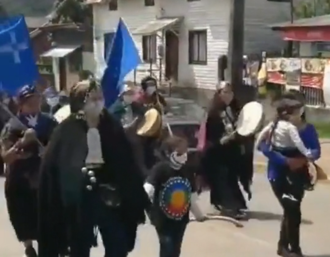Mapuche Protesters in Panguipulli March Against Construction of Dam