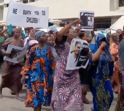 End SARS Nigerian Protests Resume in Lagos