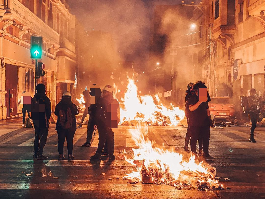 Police Clash With Protesters in Antofagasta Demanding Release of All Political Prisoners