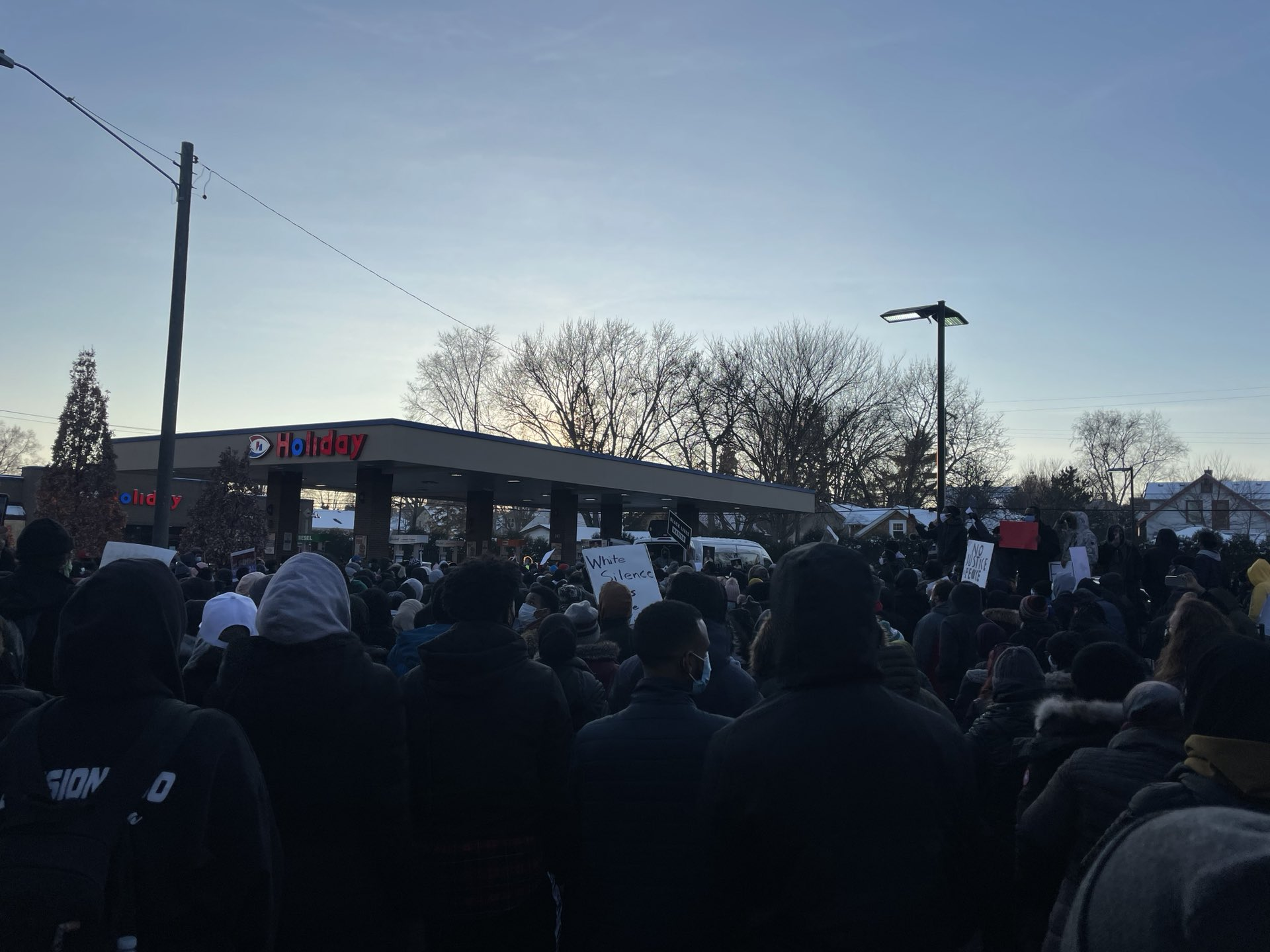 1000+ Protesters in Minneapolis March for Dolal Idd