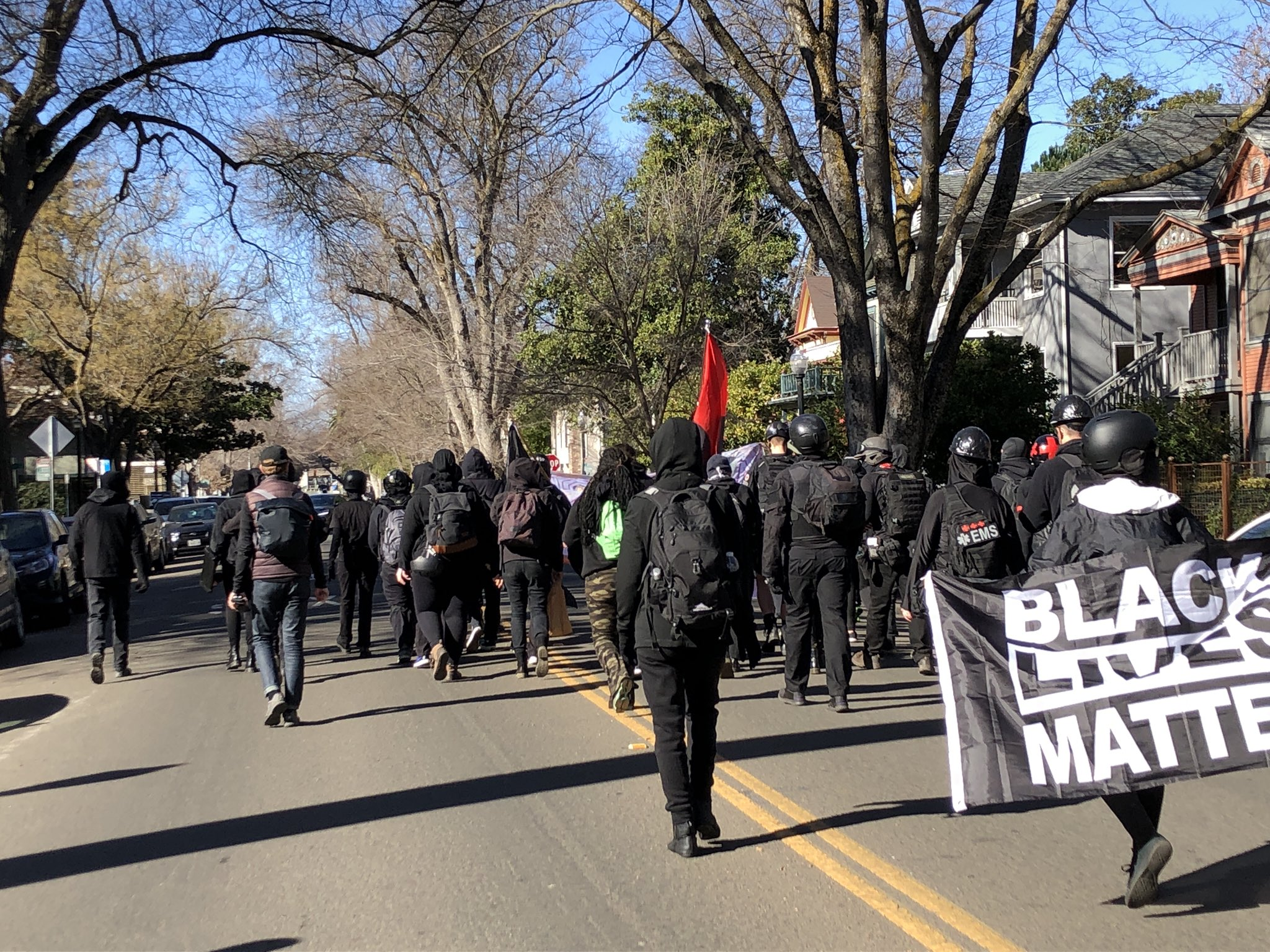 Antifascists in Sacramento Protest Against ICE, Prisons, and Fascism
