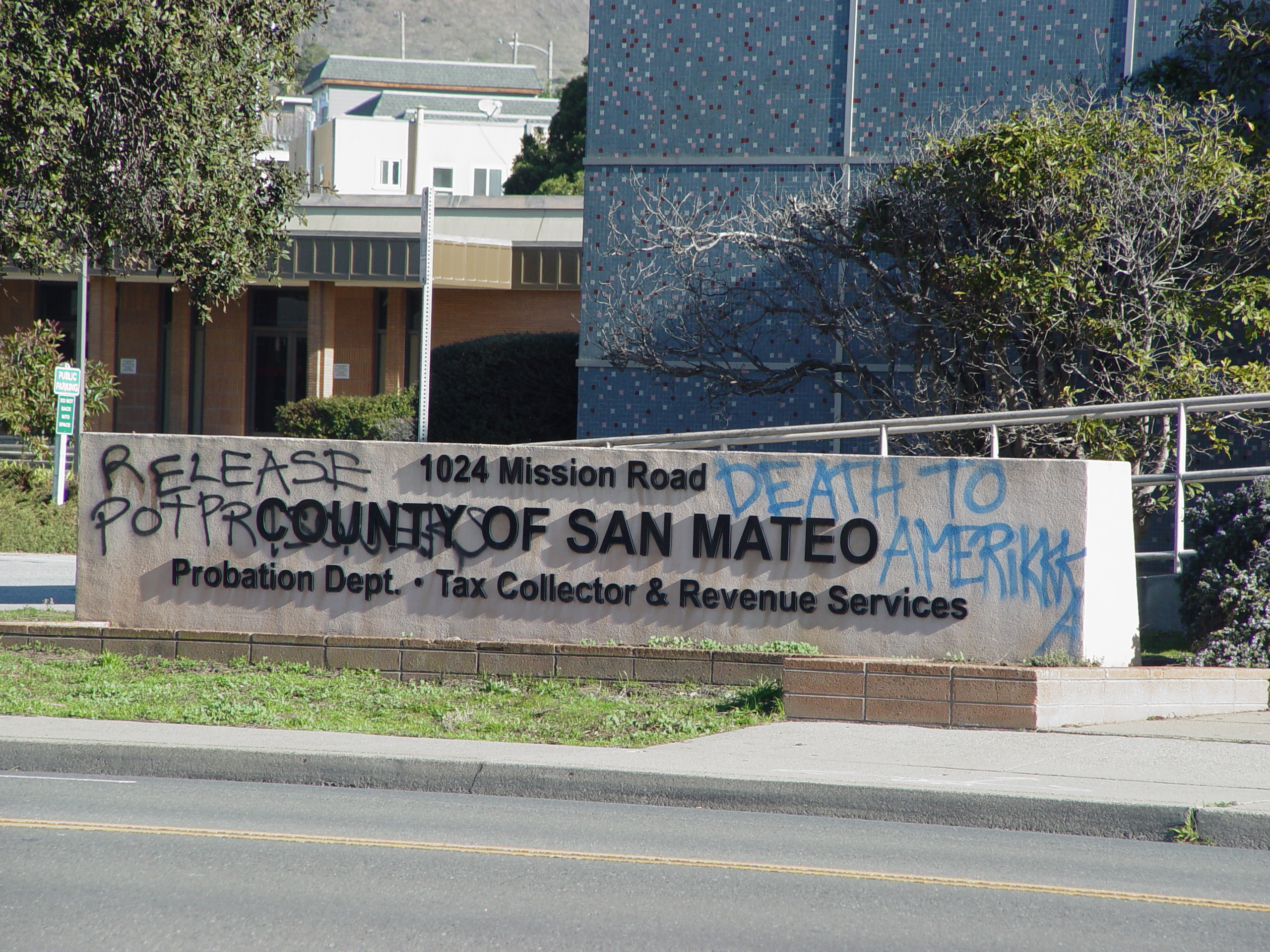 Abolitionists Attack Courthouse in South San Francisco