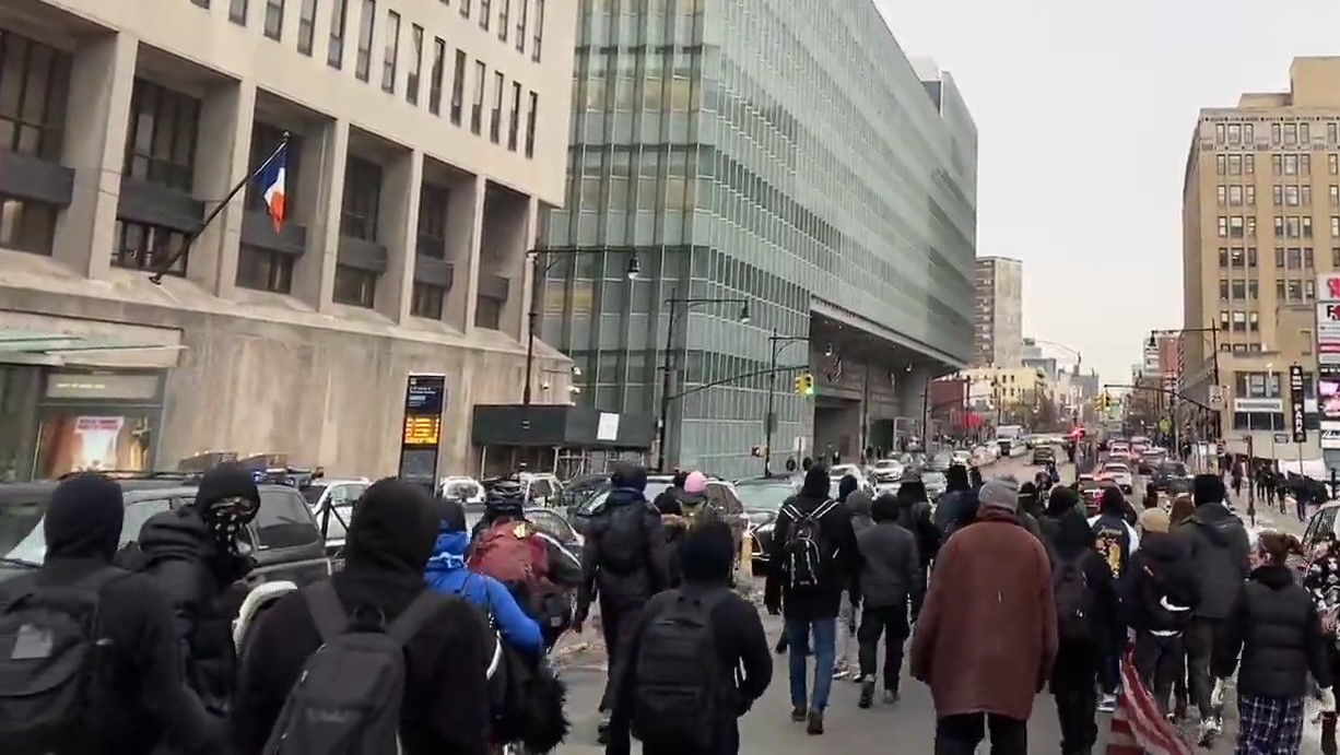 Dozens of Protesters in New York March After NYPD Attacks Black Woman in Mental Health Crisis