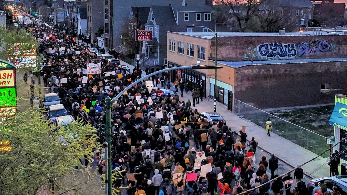 Thousands in Chicago March After 13-Year-Old Murdered by Police