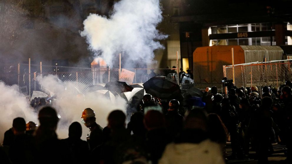 Police Arrest Over 130 Protesters During Demonstration Demanding Justice for Daunte Wright