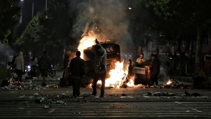 Police Attack Tens of Thousands of Colombians in Cali Striking Against Tributary Reform