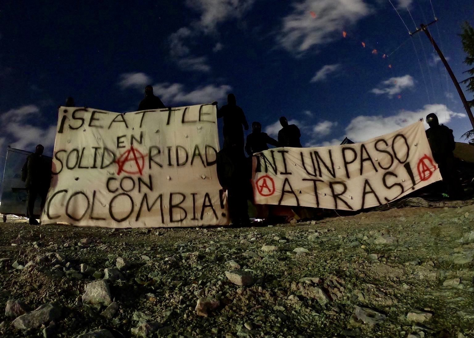 Anarchists in Seattle Protest in Solidarity With Colombia