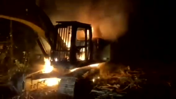 Chilean Mapuche Activists Set Fire to Deforestation Machinery in Friere